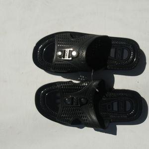 NWT Black Sport Sandals Sz 9